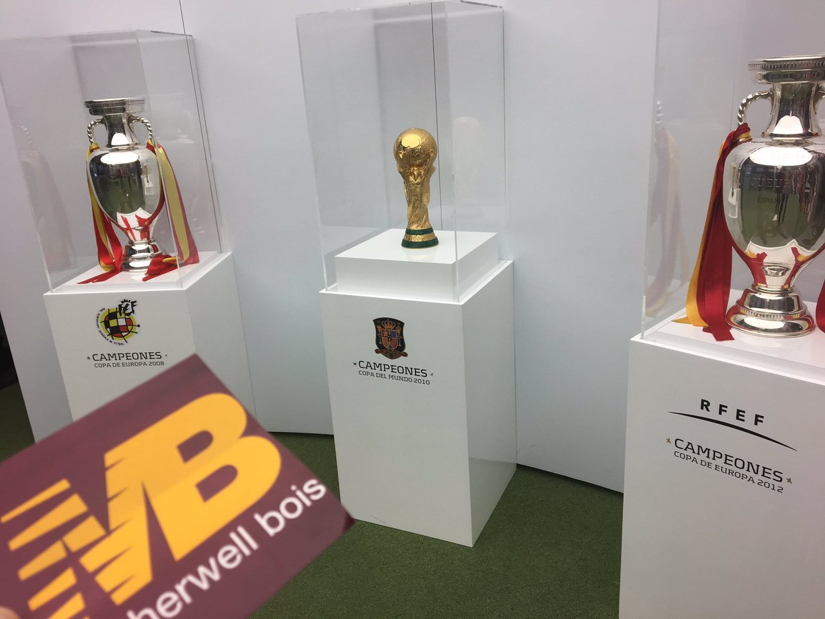The Spanish World &amp; European trophies..  #Motherwell #WorldCup #MB #ML1OnTour #Spain<br>http://pic.twitter.com/xEiniT0rWO