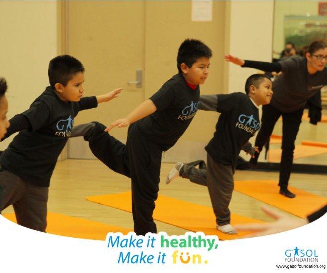 #SabíasQue con el #yoga los #niños de #Vida! canalizan su #energía &amp; reafirman su #autoestima?¿Os animáis? #VidaSana  http:// ow.ly/DpkY309u2sB  &nbsp;  <br>http://pic.twitter.com/KqXTQ9GLuN