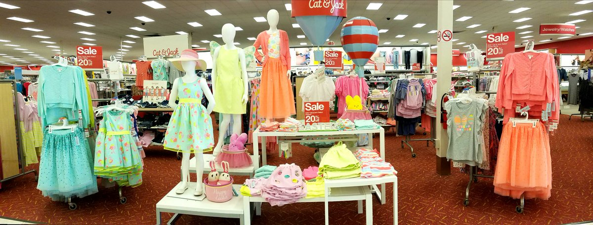 Hippity hoppin, Easter&#39;s on its way! #T2320ModelStore #D303 #G392 @KennecitoSTL @AnitaELovato @RonD303 @johnp_sheehan<br>http://pic.twitter.com/d9SBAGQJP4