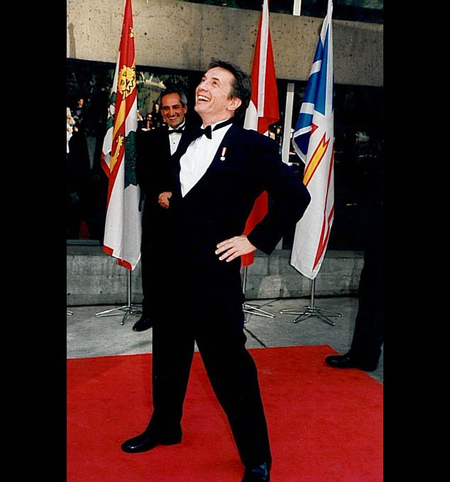A very happy birthday to 2000 Canada\s Walk of Fame Inductee Martin Short!