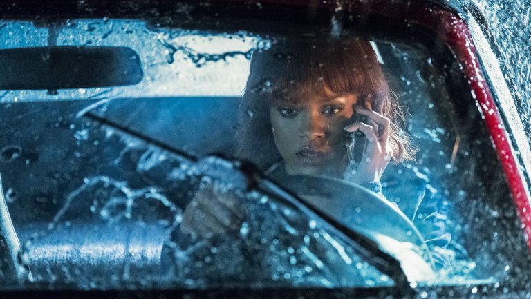 #BatesMotel Bosses @CarltonCuse & @KerryEhrin Explain That Bloody...