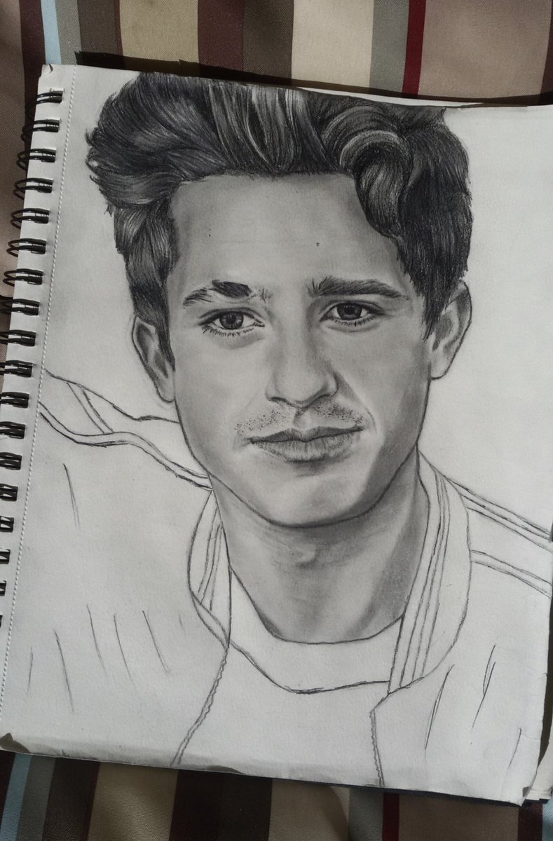 And also this quick drawing is done  #CharliePuth #puthinator #drawing<br>http://pic.twitter.com/c3uUVVEl2b