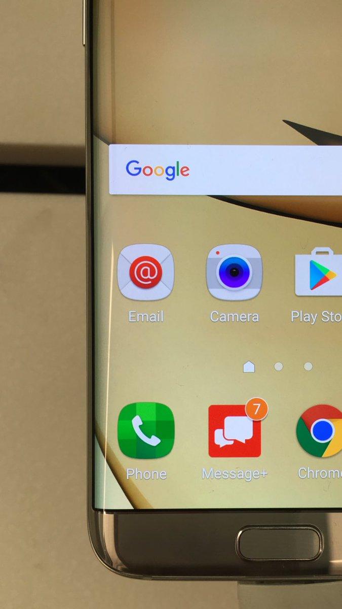 """三星手机自带 OS 的电话图标,这是向我和""""那么""""致敬呢! https://t.co/MKlDga3RrT 1"""