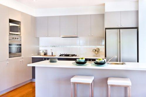Un moyen simple et peu onéreux de valoriser votre logement pour sa revente: refaire vos placards ! #h  http:// mon.actu.io/r/xbesvsc  &nbsp;  <br>http://pic.twitter.com/zw9FEQwaHW