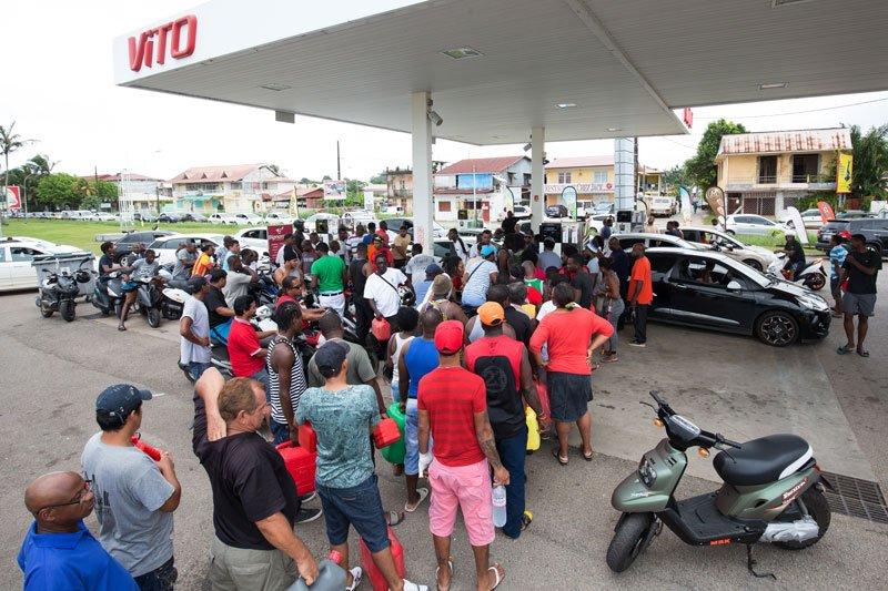 Huelga general en la Guayana francesa contra la inseguridad y el desem...