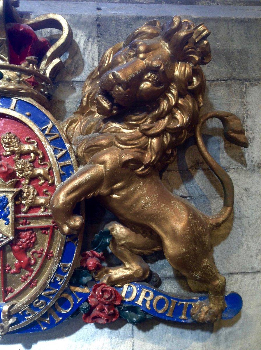 Splendid heraldic lion in St. Michael's Church, Linlithgow. #MewseumMonday #Scotland