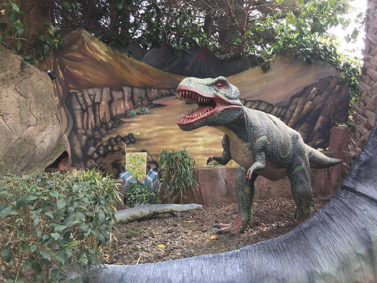 @DELTAutomatisme : automatisation son et lumière du Dinoland-Dinopark. #automation #son   https://www. facebook.com/Dinoland.Dinop ark/ &nbsp; … <br>http://pic.twitter.com/Fnh2dQx8uX