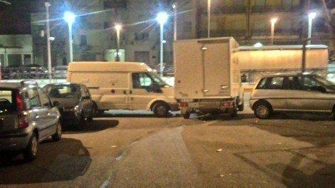 Tagliate le ruote dei furgoni che stavano trasportando i cani fuori dal canile di Palermo - https://t.co/Z0MaVNQCEa #blogsicilianotizie