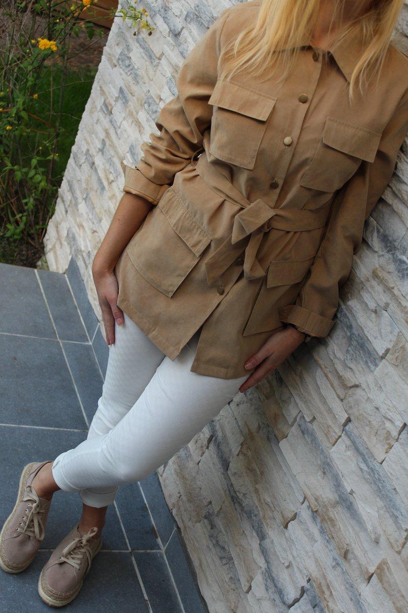 Bon lundi !  Découvrez notre look d&#39;aventurière chic ;)   https:// tendance-et-haute-couture.com  &nbsp;    #fashionblogger #lookoftheday #blog #spring #chic #sun<br>http://pic.twitter.com/1WCyyzuRNs