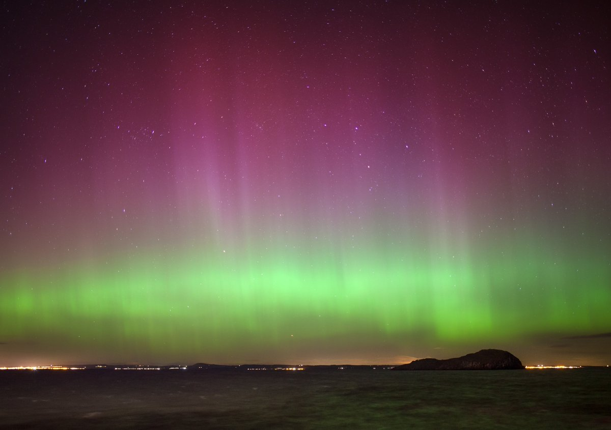 There is the potential for #aurora sightings across the north of Scotl...