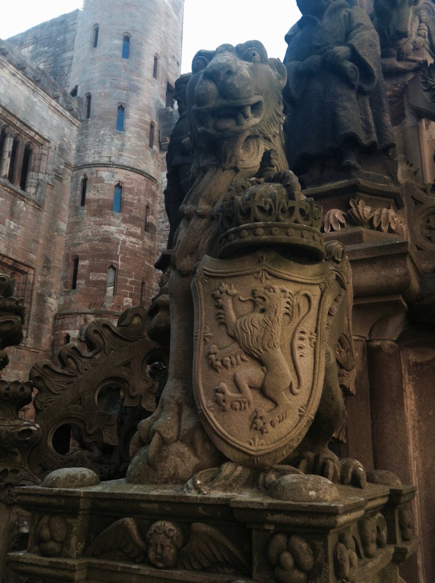 Lion with lion shield! From the ornate fountain at Linlithgow Palace. #MewseumMonday #Scotland