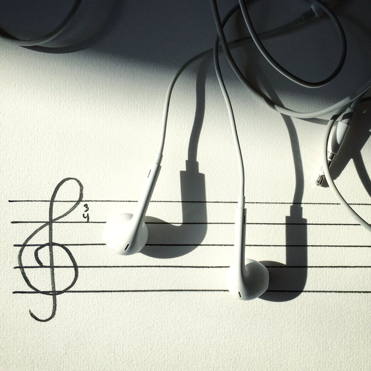 """Arts Music Photography: Vincent Bal On Twitter: """"Notes By Ear #music #earphones"""