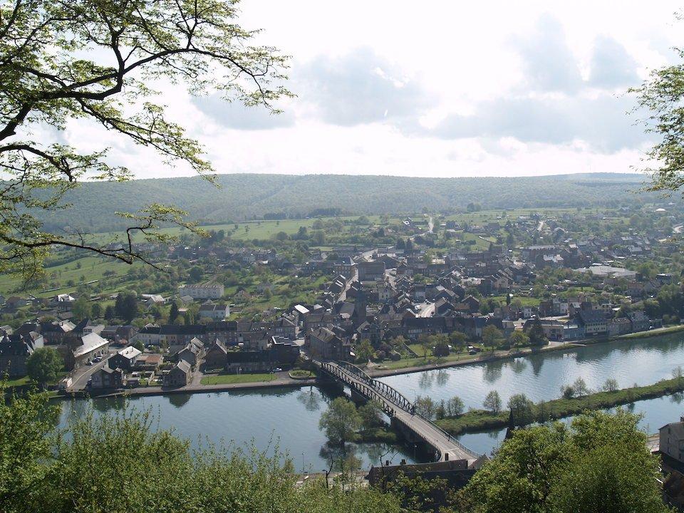 #Randonnée au camp romain en #Ardenne pour découvrir ou redécouvrir le charme de la nature en Ardenne  :  http:// bit.ly/2n8jwdj  &nbsp;  <br>http://pic.twitter.com/khtxAs2raR