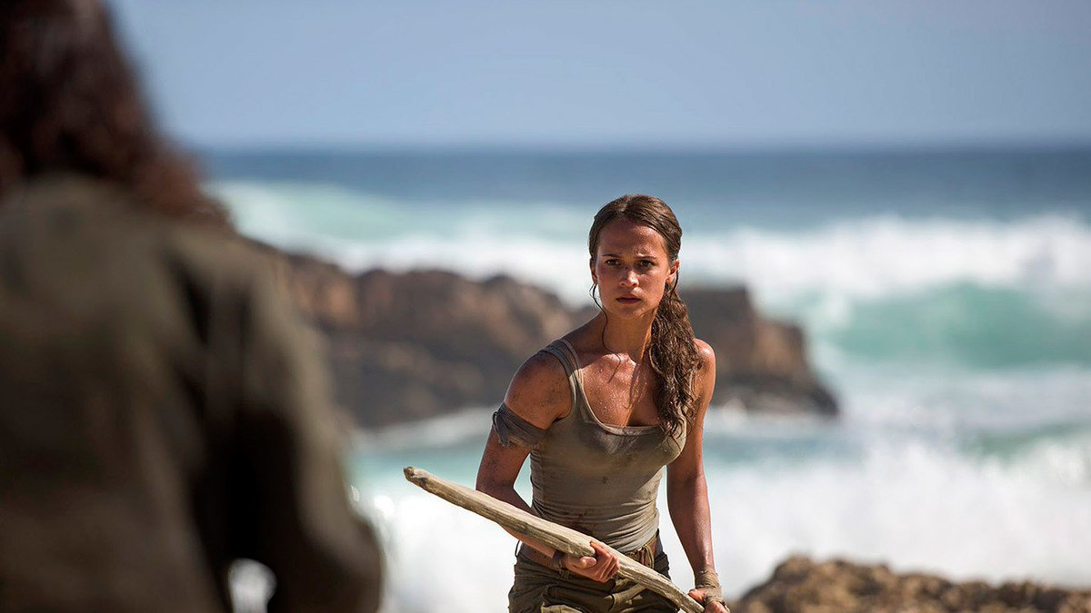 First look: Alicia Vikander as Lara Croft in #TombRaider https://t.co/...