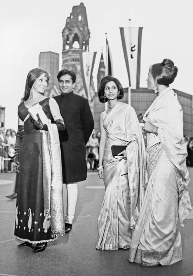 """Film History Pics on Twitter: """"(1965) Shashi Kapoor with wife Jennifer  Kendal, her sister Felicity Kendal and Madhur Jaffery at the Berlin Film  Festival.… https://t.co/cU3EFRTuqv"""""""