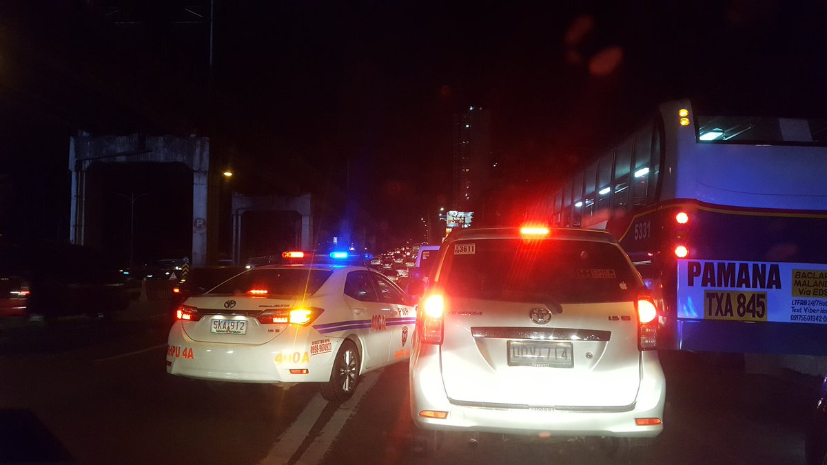 When the police does the swerving & disrespects the queue of cars. Sa tapat pa ng crame to ha.
