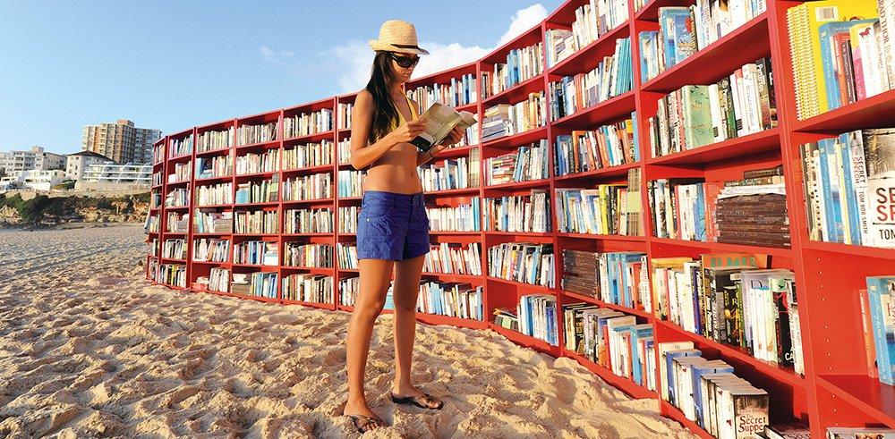 Enquête inédite de notre professeur Marco Caramelli sur la #lecture de #romans en #France :  https://www. inseec-bs.com/actu-ecole-com merce/television-internet-ne-concurrencent-lecture-de-romans-enquete-de-marco-caramelli/ &nbsp; …  #read <br>http://pic.twitter.com/xvoGX4UnsI