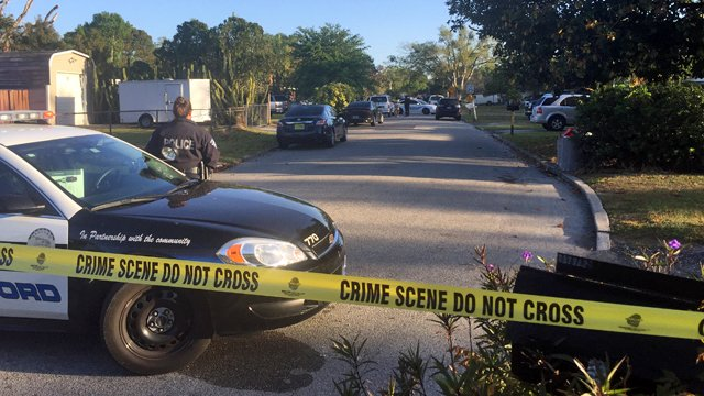 #UPDATE: Police: Gunman shoots 6 people, including 2 boys, in #Sanford...