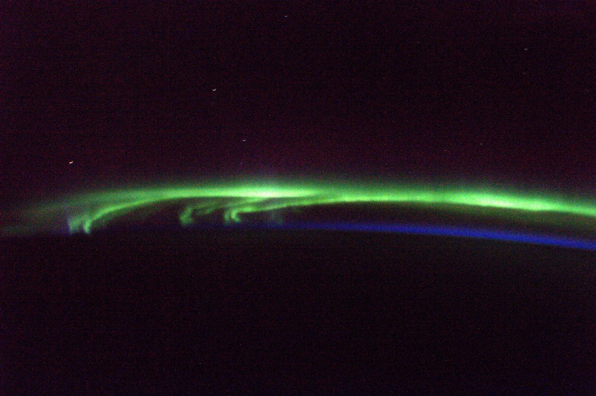Incredible view out of the @Space_Station windows this morning - North...