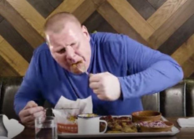 Wayne Shaw takes on stomach-churning food challenge - destroys HUGE pl...