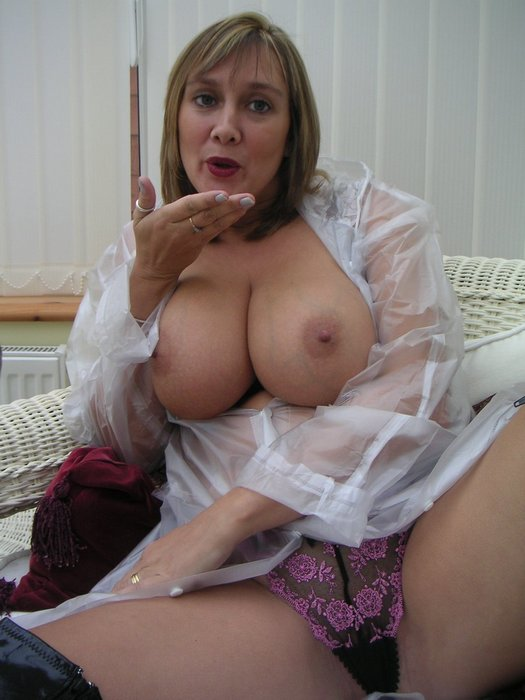Mature lady smokin bj
