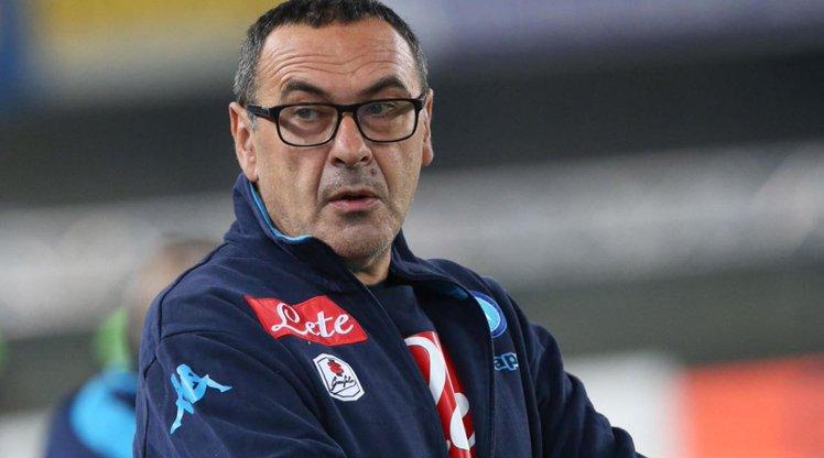 Napoli Teknik Direktörü Maurizio Sarri, İtalya'da yılın en iyi teknik...