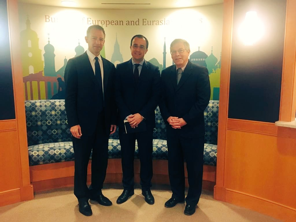 Meeting w #US Acting Assistant Sec 4 Europe @AmbHeffern + Dep. Assistant Sec 4 European &amp; Eurasian Affairs Cohen, #CypProb, #Bilateral, #EU<br>http://pic.twitter.com/yiKMOx4u1C