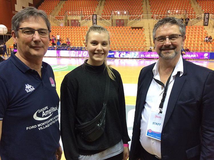 #News - Le @CDB_21 tient sa première recrue pour la saison 2017-18   http:// bit.ly/2opVnA2  &nbsp;     #handball <br>http://pic.twitter.com/w6tEsnMmu5