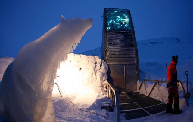 Conserver des semences dans l'#Arctique pour les générations futures  http:// bit.ly/2mIA7sD  &nbsp;   via @lasemaineverte #biodiversité<br>http://pic.twitter.com/R4VxeWjglx