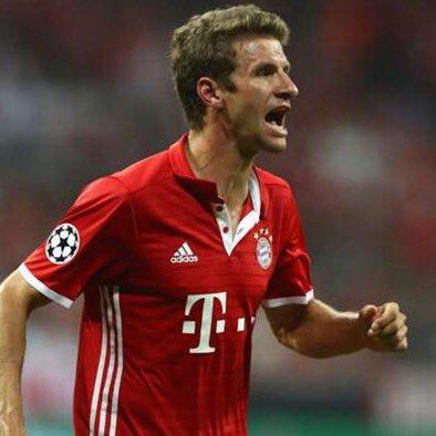 Who is the better raumdeuter?  RT for Müller LIKE for Alli https://t.c...
