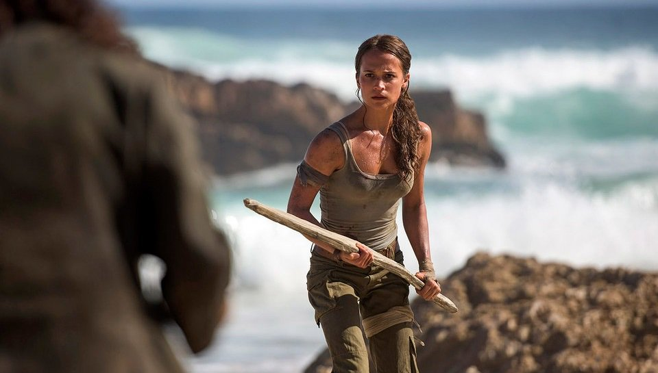 First Look at Alicia Vikander in TOMB RAIDER: https://t.co/Y7kHG3v6PZ...