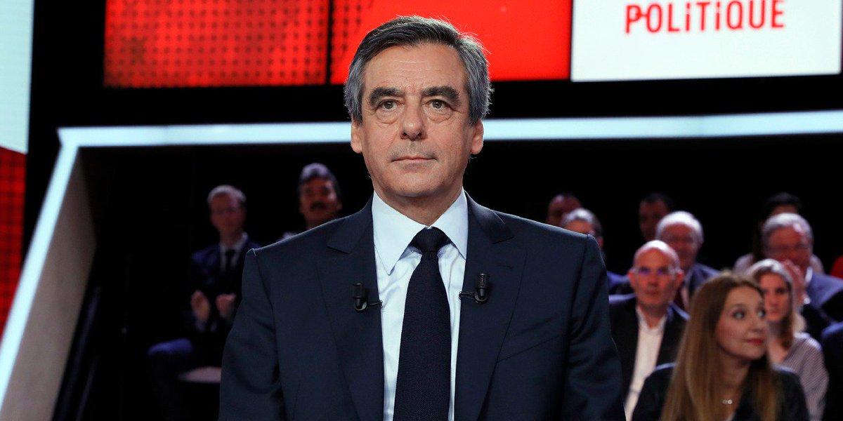 Vous avez voté : 65% d'entre vous croient à l'existence d'un cabinet noir à l'Elysée comme l'affirme François Fillon #E1Soir