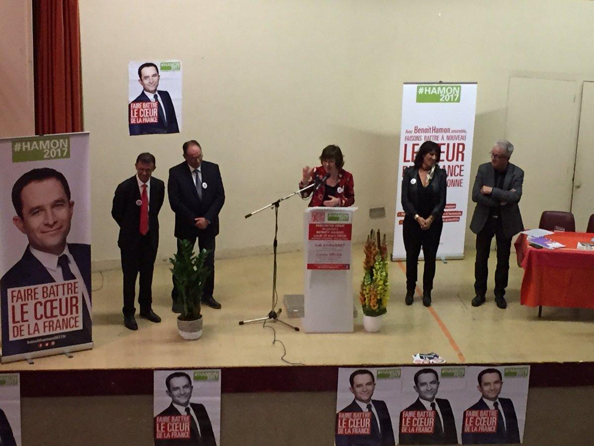 À #MartresTolosane comme dans toute l&#39;#Occitanie nous sommes tous mobilisés pour faire battre le cœur de la France ! #Hamon2017 <br>http://pic.twitter.com/rHrwkntClE