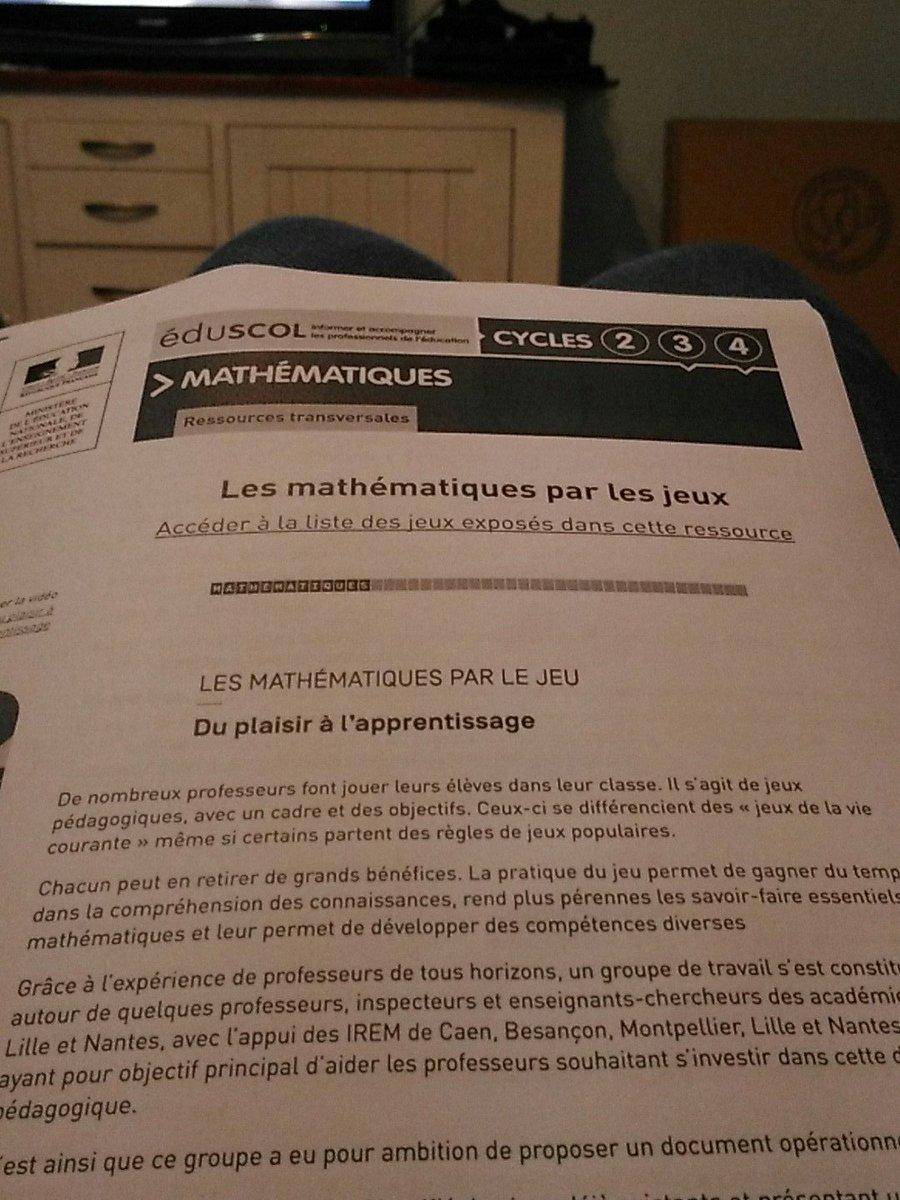 Lecture du soir pour être fin prêt pour demain. #Attractivité #maths #jeux #CAFFA<br>http://pic.twitter.com/nOuQD1Z1zt
