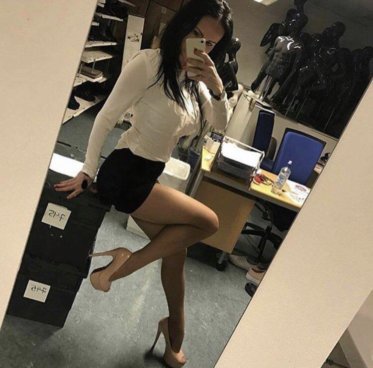 Real Office Girls On Twitter Realofficegirls Office Fun Legs Nylons Hot Sexy Fav