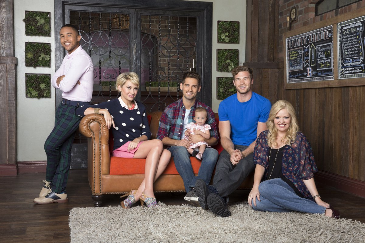 Join the #BabyDaddy gang tonight. Tweet with them using #BabyDaddyChat at 8:30/7:30c.