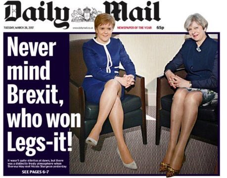 It's 2017 and @MailOnline printed THIS! What the f*ck?! #legsit I'm cr...