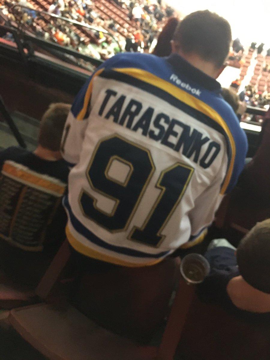 Fake NHL Jerseys ( FakeNHLJerseys)  e9d404f08d4