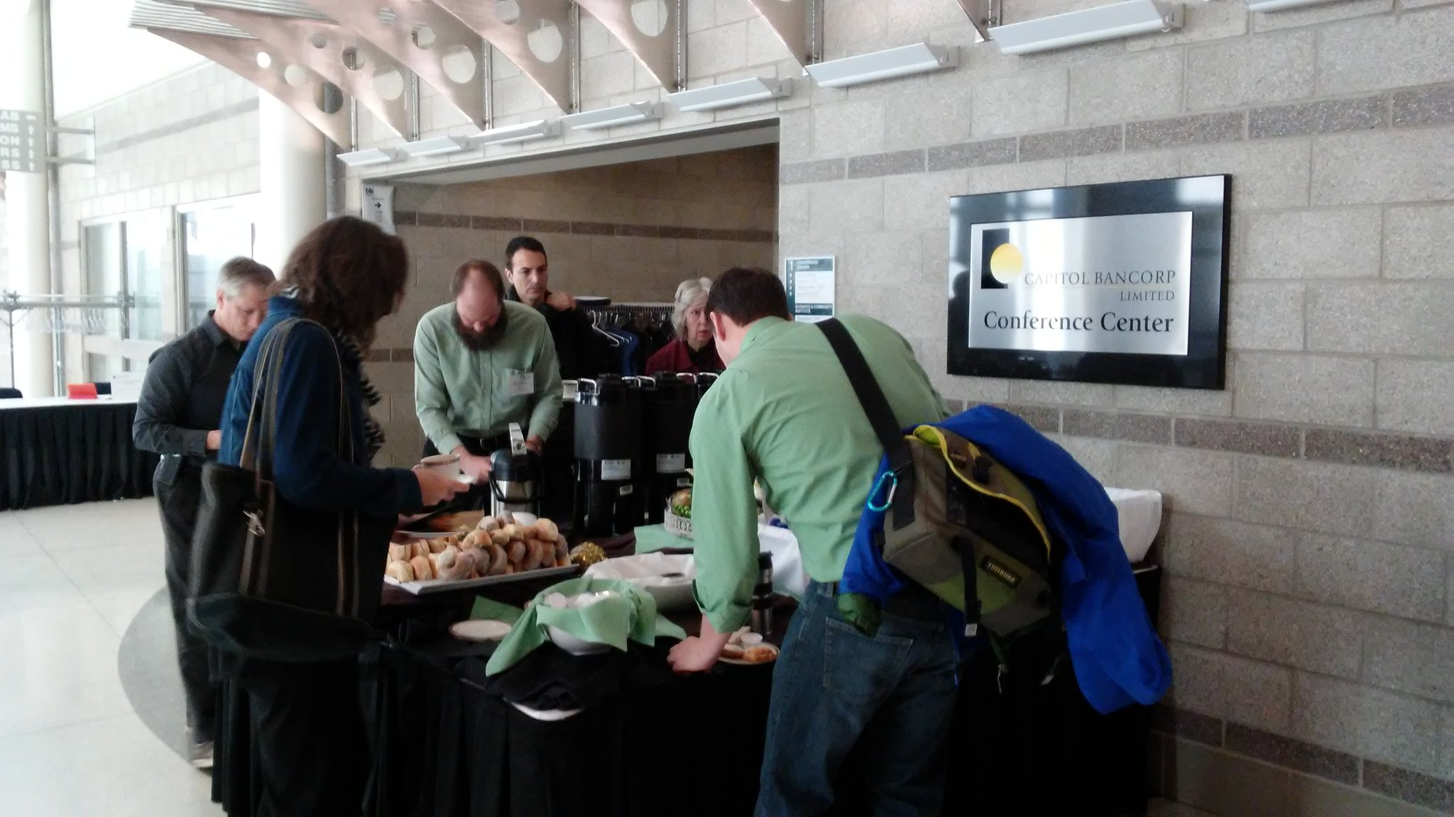 Registration & breakfast at the Linked Data Summit! #mclschat #linkeddata https://t.co/qFab3qOG3X