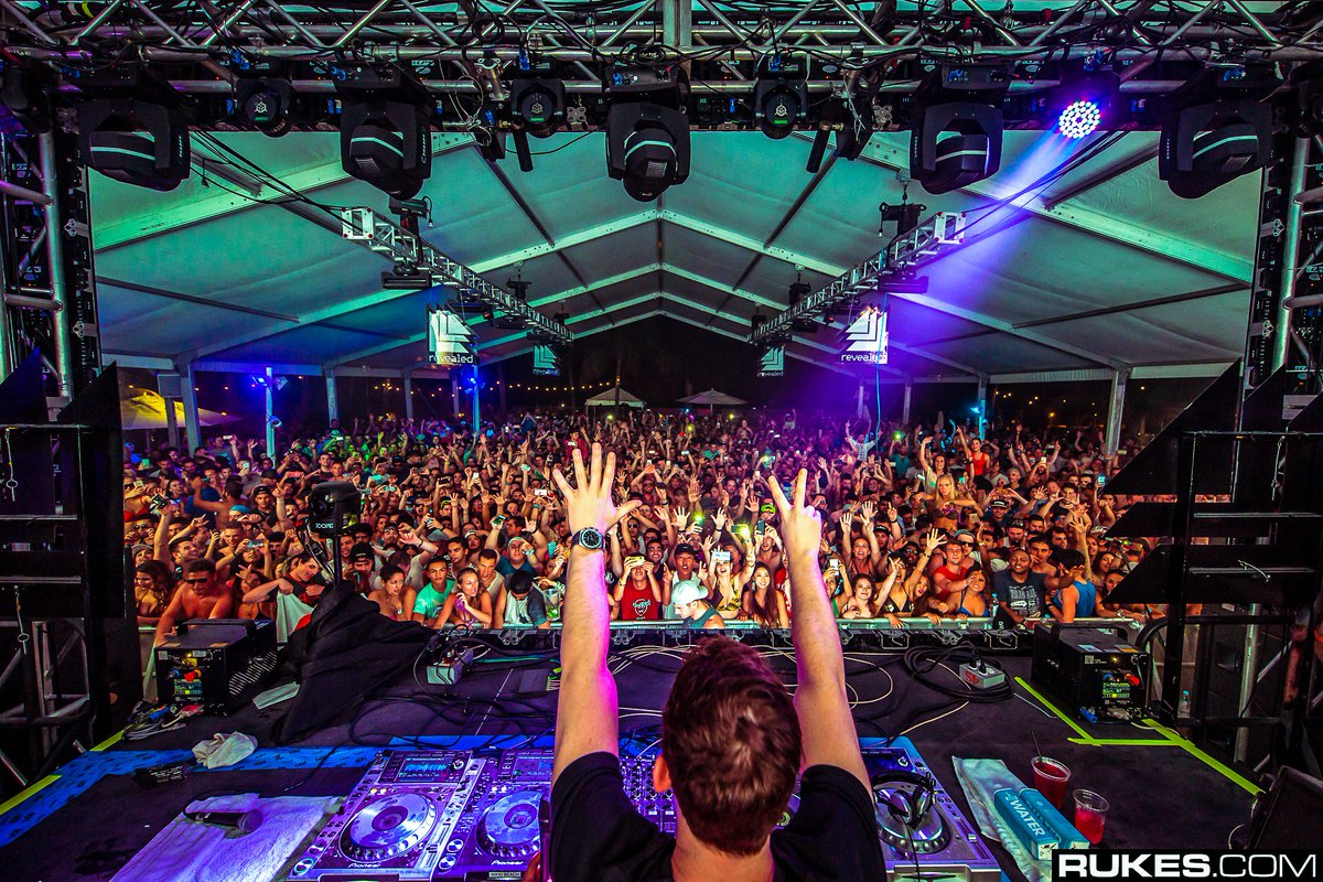 #tbt to March 2016! 7 days left before we rock Miami again!!! ➡️https...