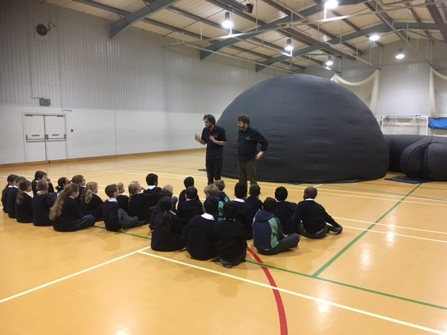 Year 4 are excited to be entering the &#39;Space&#39; explorer dome #JuniorScientists #imagination<br>http://pic.twitter.com/IttbrjC0bq