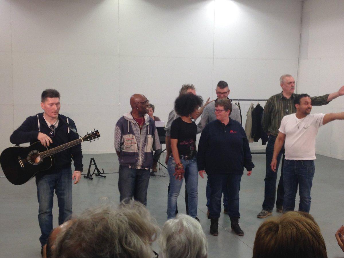 Peter Van De Wardt On Twitter Theatergroep Laborijn Heeft