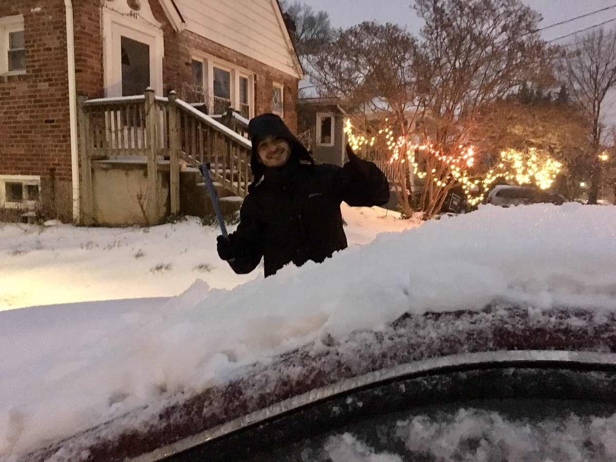 Late post, but surviving March #snowpocalypse2017! #snoworshine #AIRP_Radiology<br>http://pic.twitter.com/tcxedHBprq