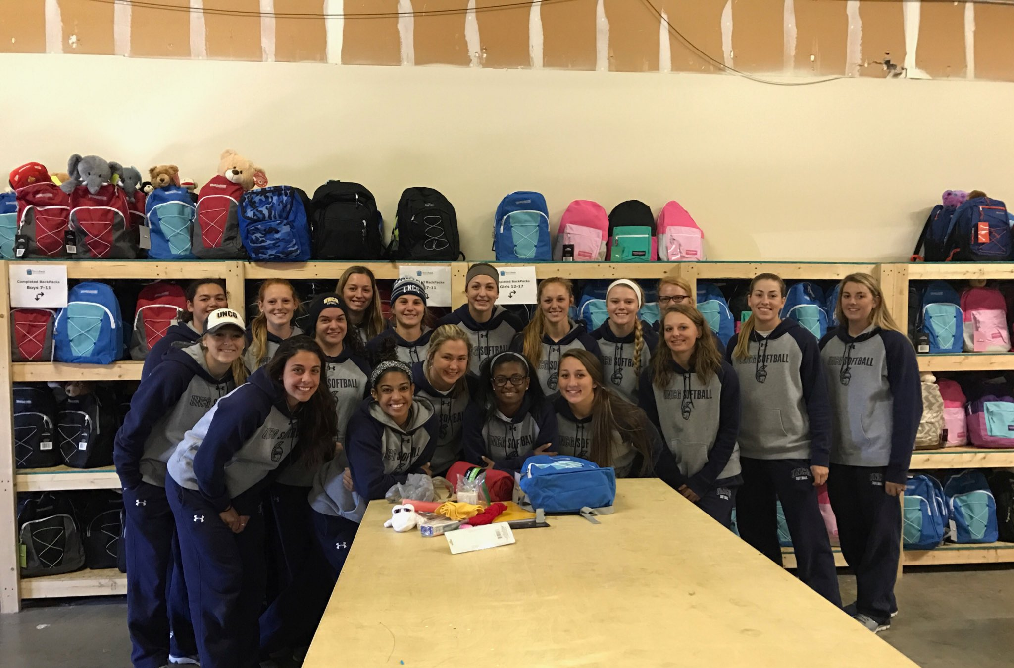 Thank you @BackPackBegins for allowing us to join you this morning in serving our community! @uncgsports https://t.co/CONkLyIPNn