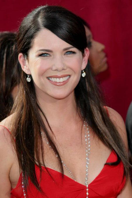 Happy Birthday Lauren Graham