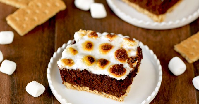 Low-Calorie Brownie-Inspired Recipes: Brownie S'mores Bake, Brownie Crumble Yogurt Bonanza