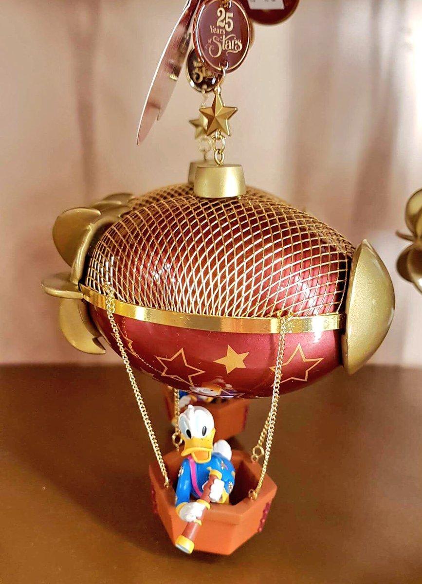 Présentation du Merchandising des 25 ans de Disneyland Paris - Page 6 C7DWvnfWwAAc7qB