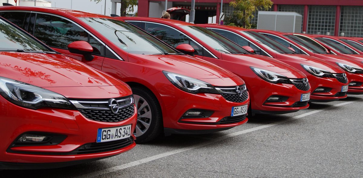 Now 13 #caroftheyear awards for the #NewAstra in total: #CRO, #DEN, #FIN, #LTU, #POR, #ROU, #SCO, #SRB, #SVK, #SLO, #ESP, #SUI and #SA.<br>http://pic.twitter.com/0PkYzGXvb5