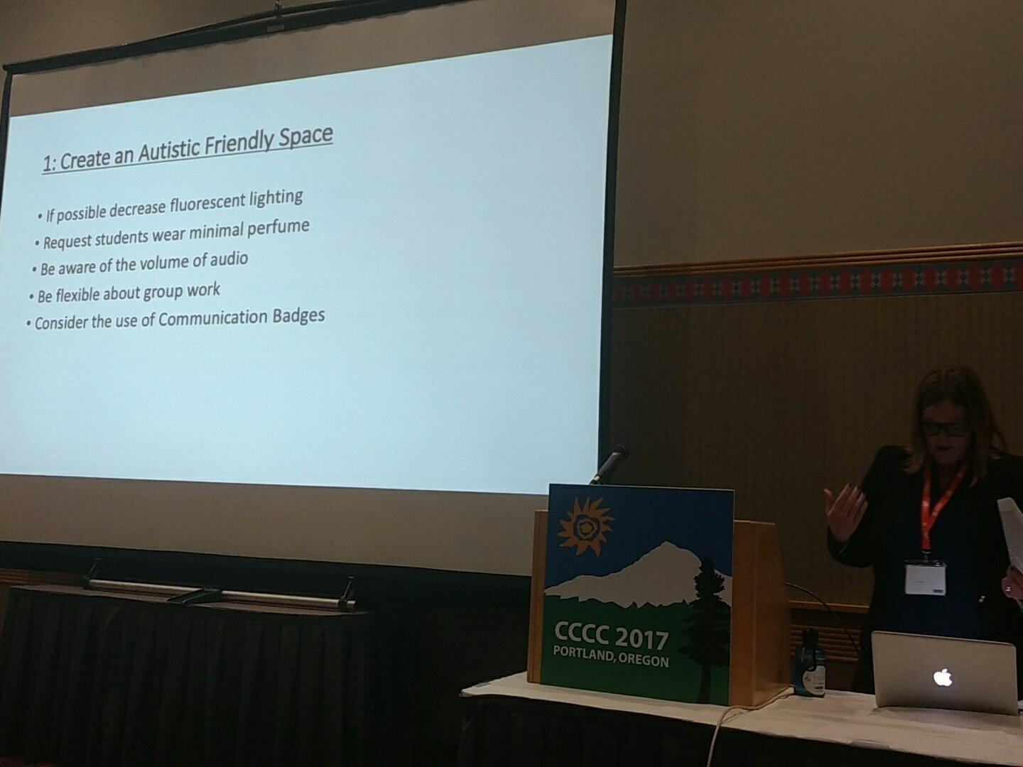 Practical advice for minimizing sensory overload: #4c17 #a28 https://t.co/NNOw65HmNJ