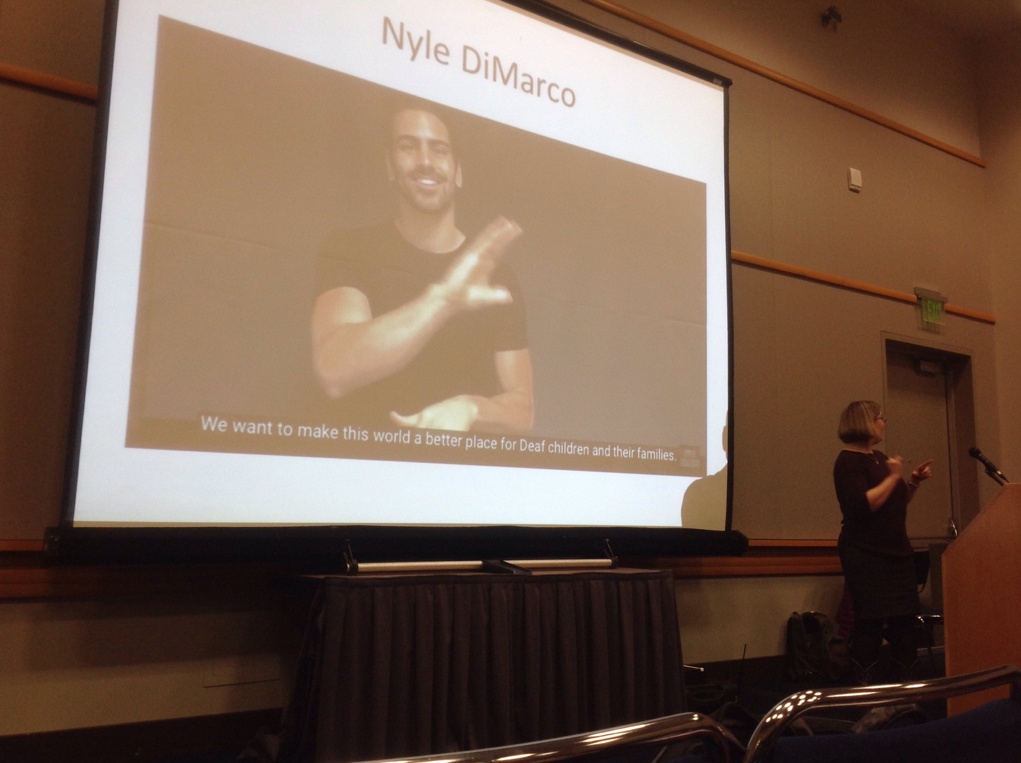 .@TonyaStremlau speaks to Nyle DiMarco fame. And the crowd approves. #dis #b47 #4C17 https://t.co/UleD4lAy5l